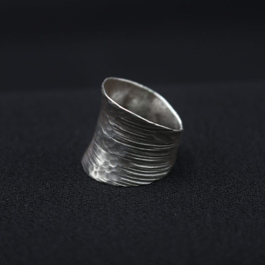Hammered Fine Silver Artisan Ring 'Classic Expression'